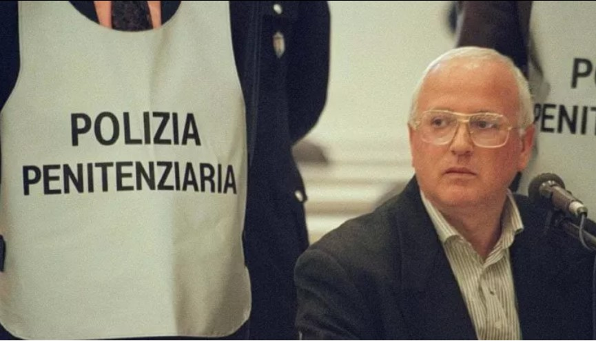 Il boss Raffaele Cutolo è morto