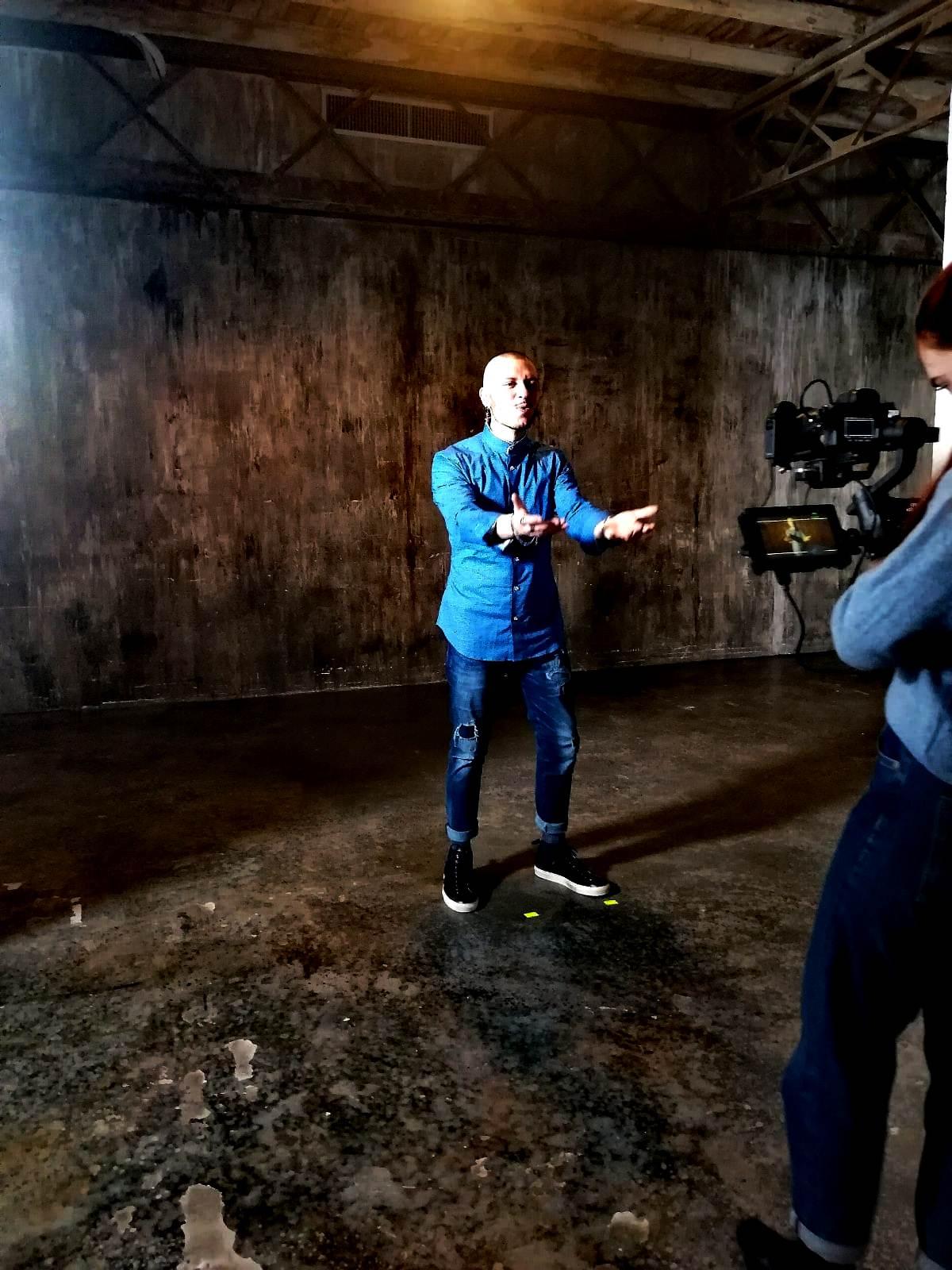Marco Sentieri esce il video ufficiale Billy Blu contro bullismo e cyberbullismo