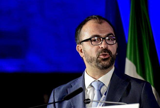 Lorenzo Fioramonti si dimette da Ministro e lascia i grillini e fonderà un partito