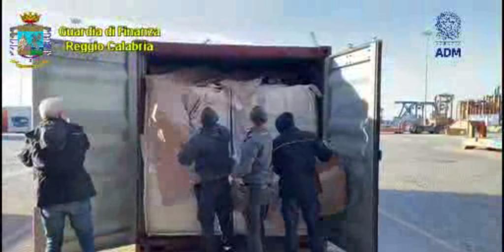 Gioia Tauro : sequestrati 1.300 kg coca