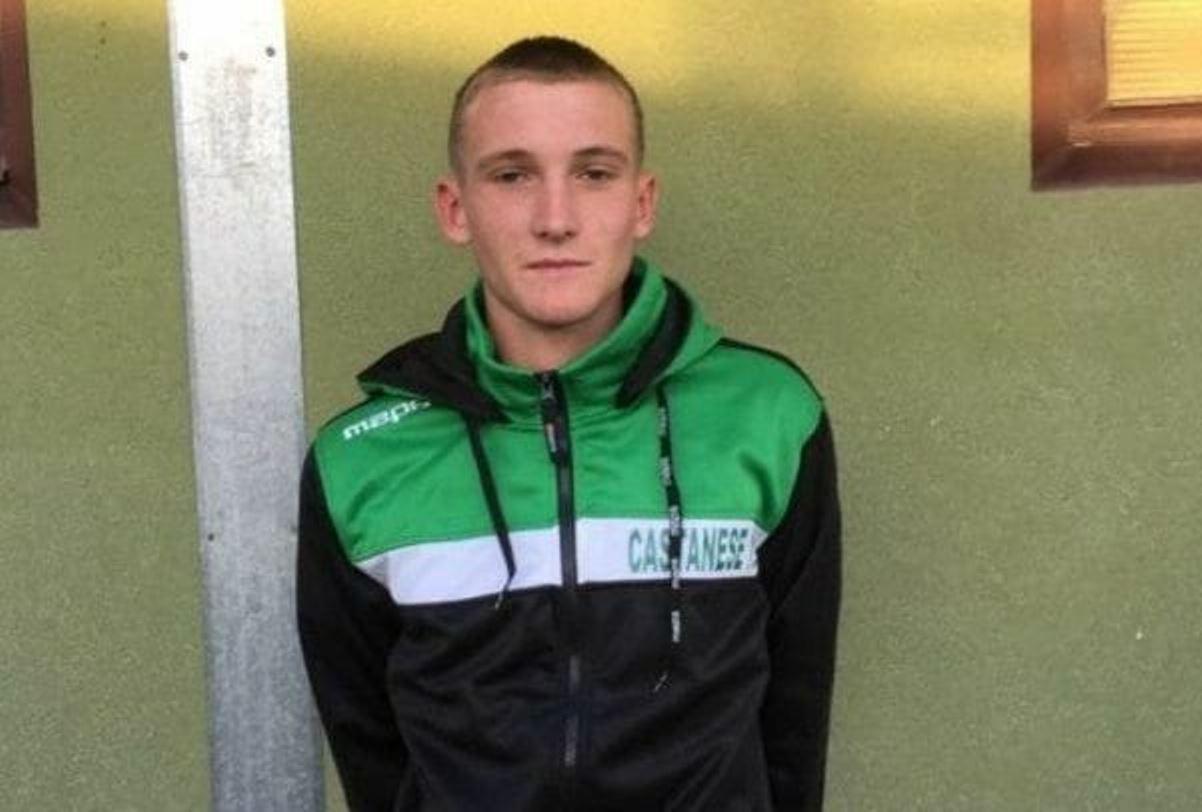 Choc nel calcio: trovato morto il giocatore 18enne Matteo Bonomelli
