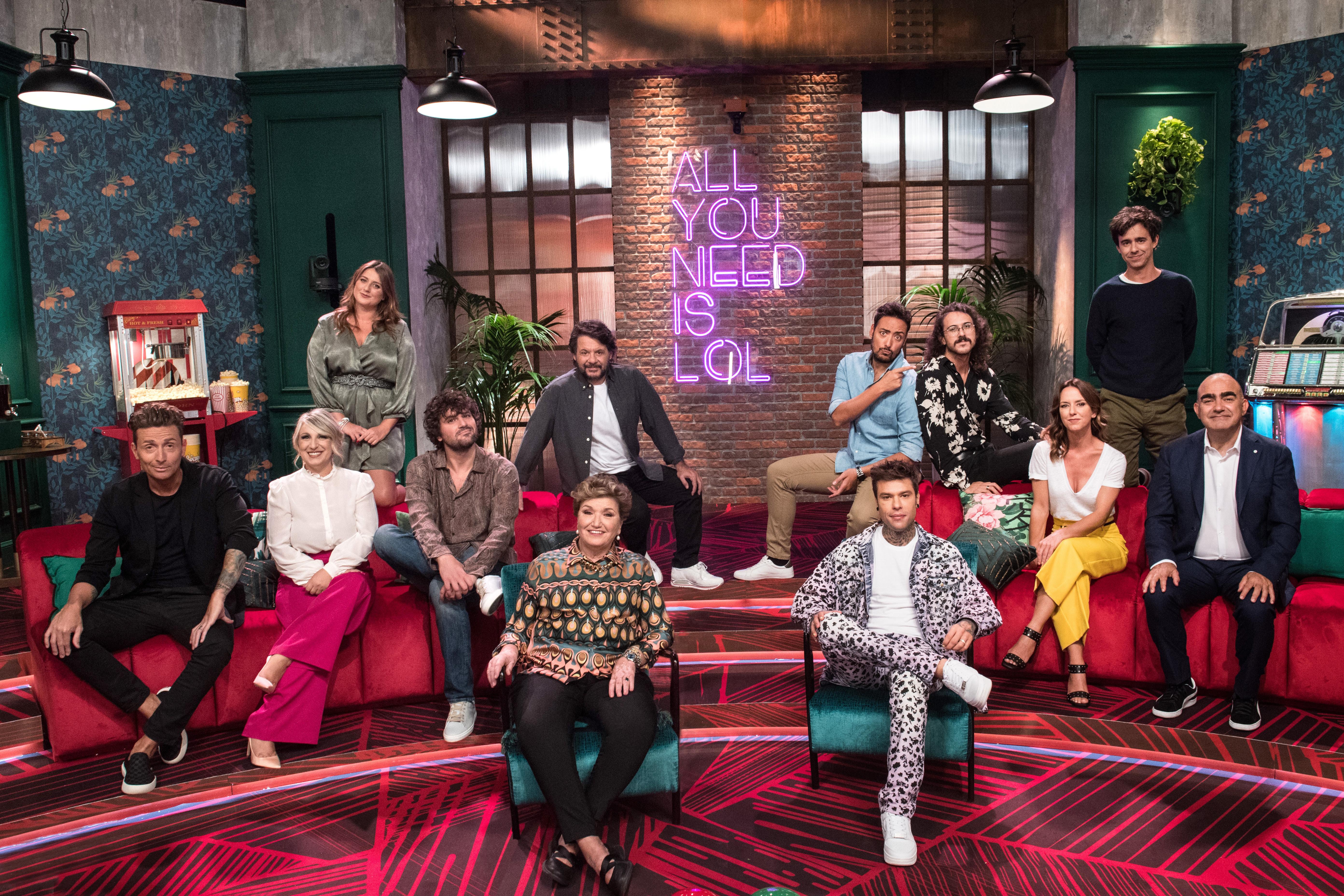 LOL: Chi ride è fuori, il nuovo comedy show italiano Amazon Original