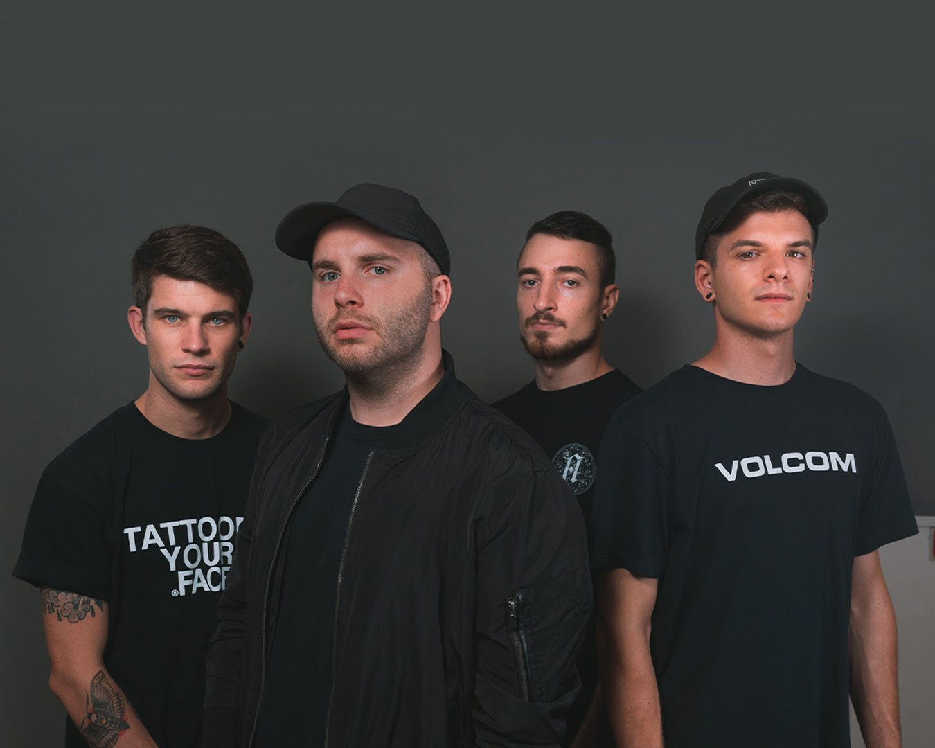 The Truth è il primo singolo estratto da Reason, EP di debutto dei Noisy Silence.