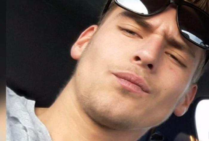 Il 25enne Hans Junior Krupe ucciso per uno schizzo d