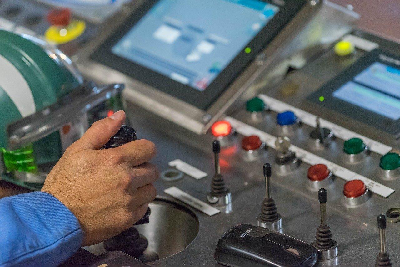 Come efficientare la produzione industriale attraverso software per la logistica