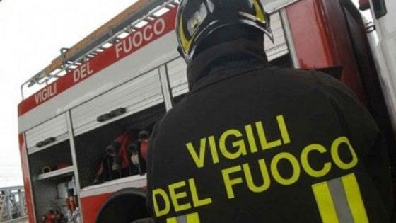 Autostrada, incidente Napoli-Canosa tra un tir e un veicolo: morto l