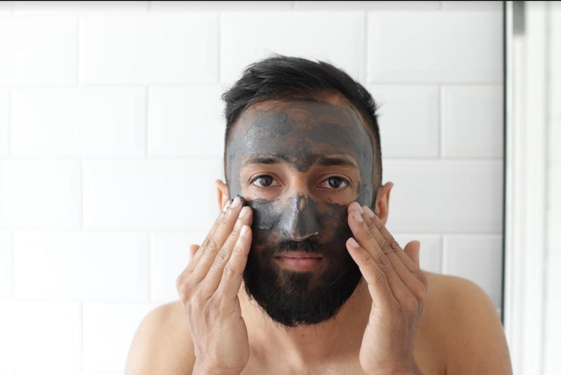 Skincare maschile: come farla, con quali prodotti e quante volte
