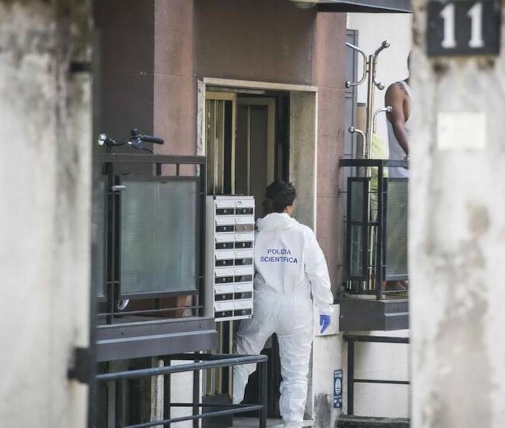 Ho paura dell'uomo nero : A Napoli 11enne si getta dal balcone