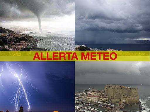 Allerta meteo a Napoli : domani scuole chiuse