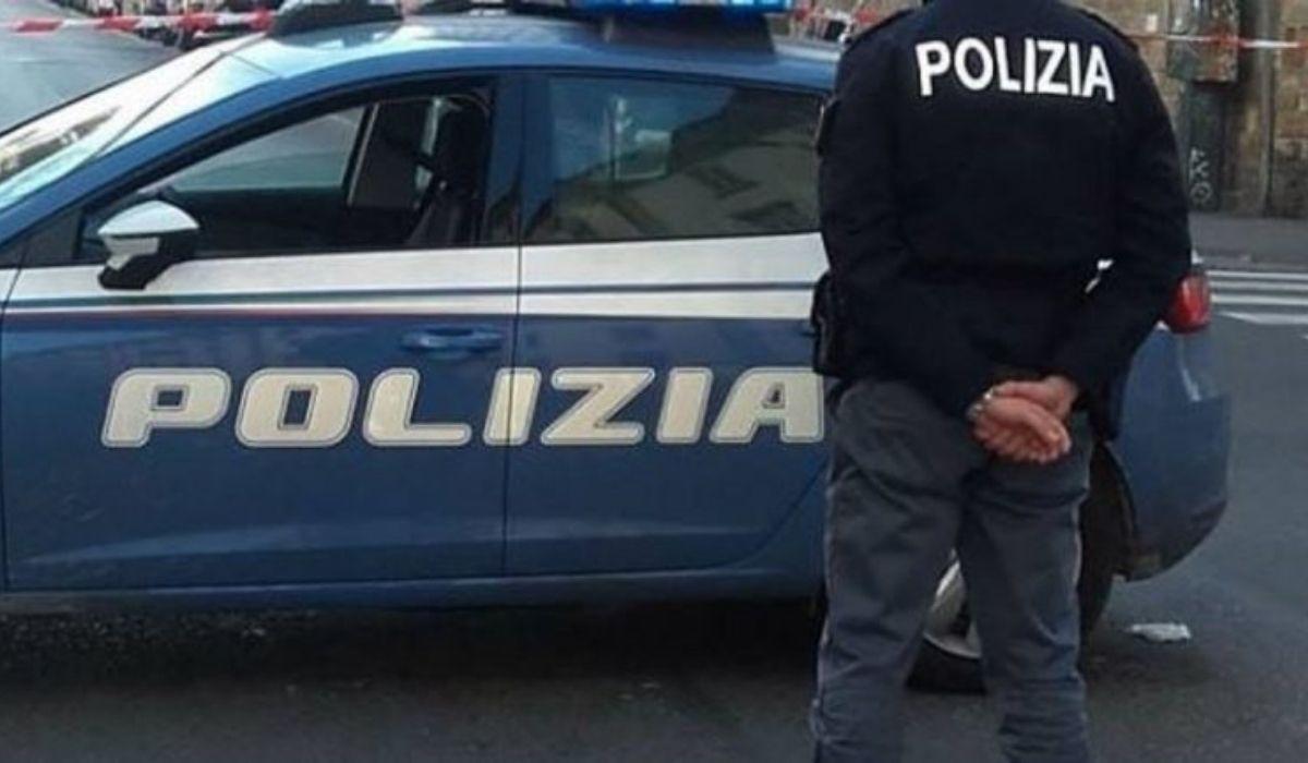 Donna morta trovati a pezzi in un cassonetto a Bologna