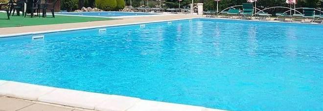 Annegato in piscina a soli 4 anni: era in agriturismo insieme alla madre