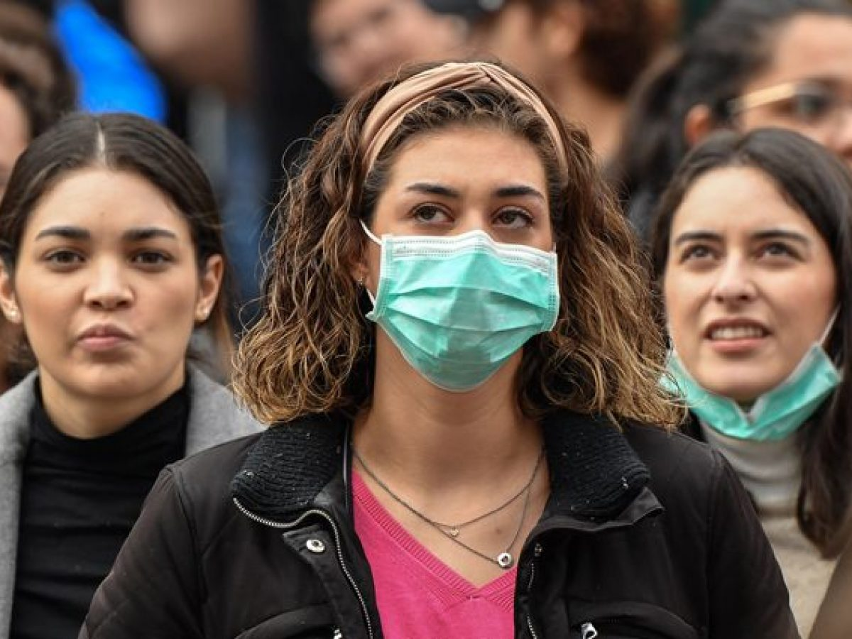 Il Coronavirus circola anche nell'aria : Le mascherine sono indispensabili