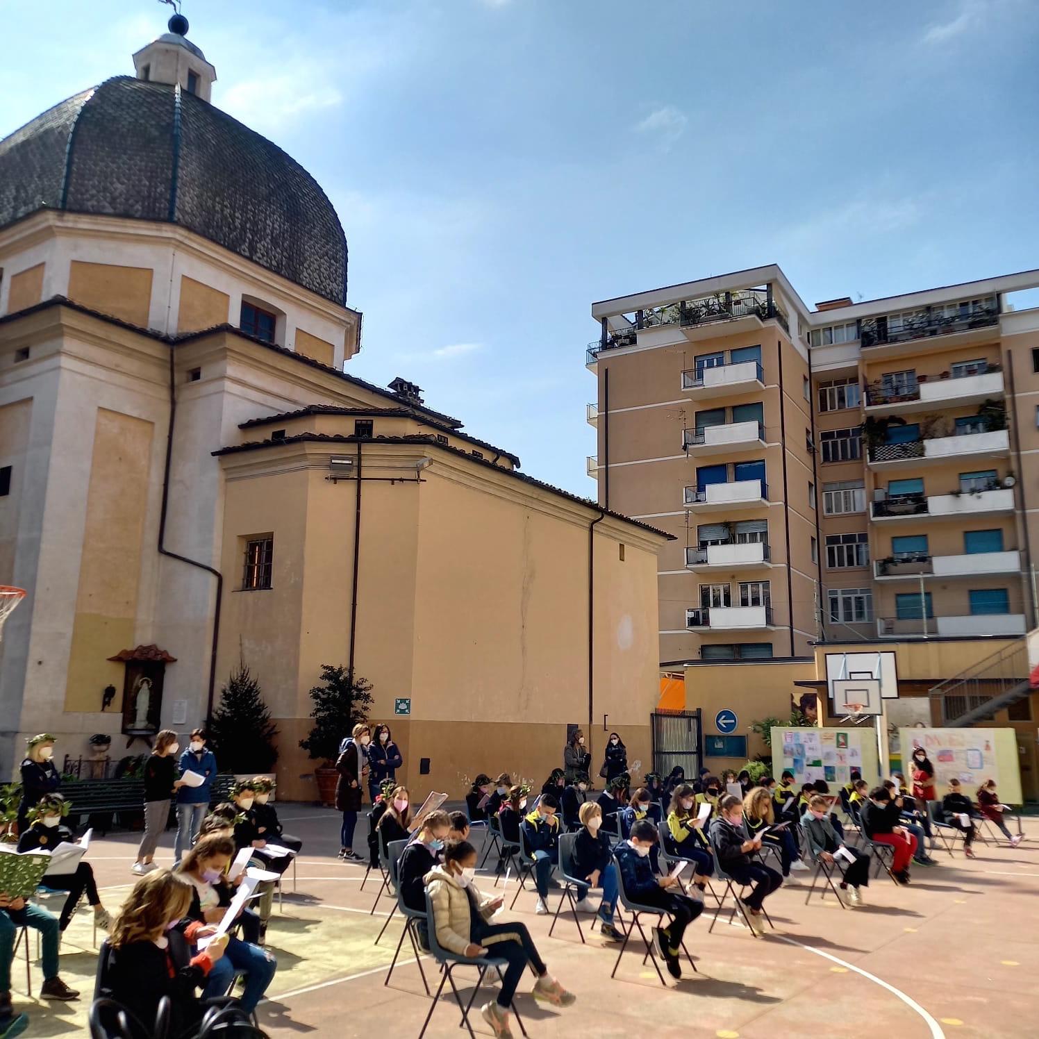 Grande festa in onore di Dante Alighieri dai Fratelli delle Scuole Cristiane di Massa