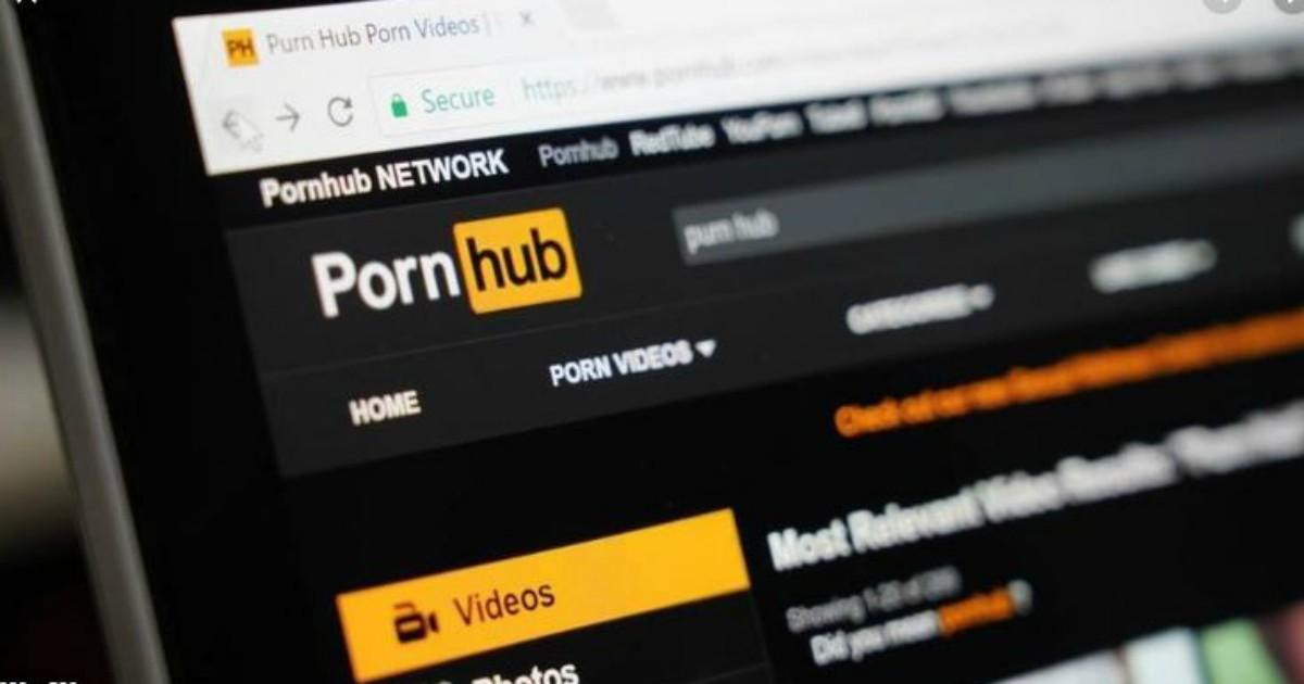 Non udente fa causa a Pornhub: non ci sono i sottotitoli e non capisco i dialoghi