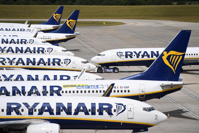 La Ryanair non rimborsa voli : sanzione di 4,2mln