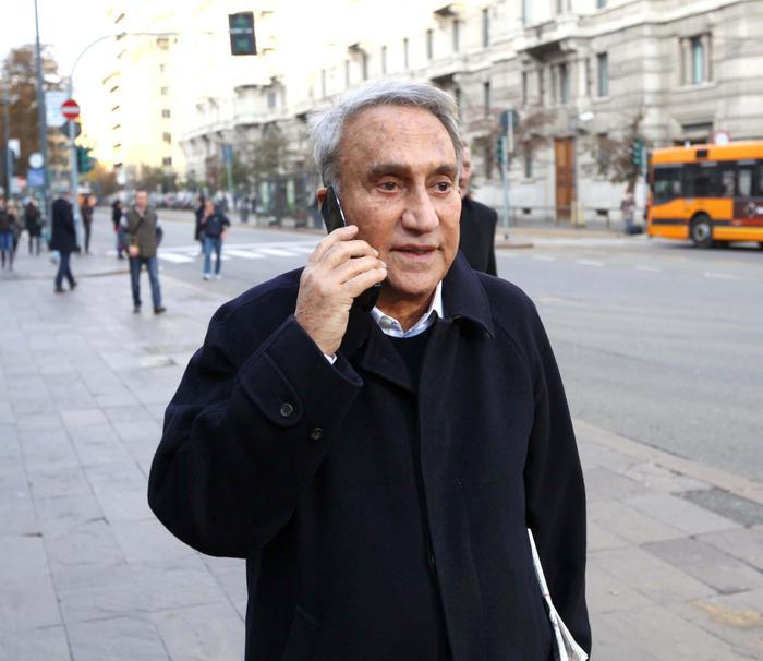 Emilio Fede ricoverato a Milano non è in grave
