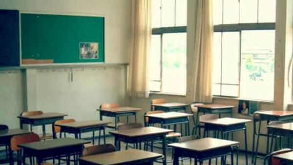 Scuola: molte segnalazioni di assenza dalle lezioni arrivano dai territori più a rischio di emarginazione sociale, necessaria attenzione ai 4 milioni di studenti di nuovo in didattica a distanza