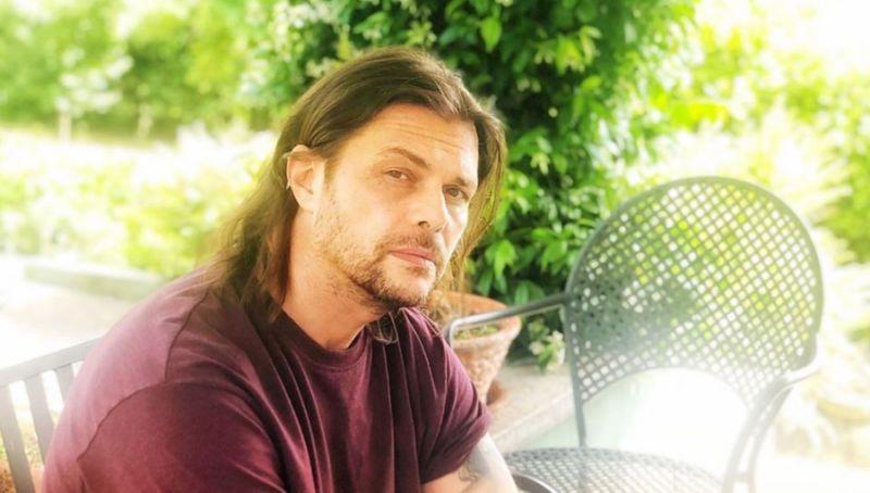 Il cantante Gianluca Grignani è stato mollato dalla moglie Francesca