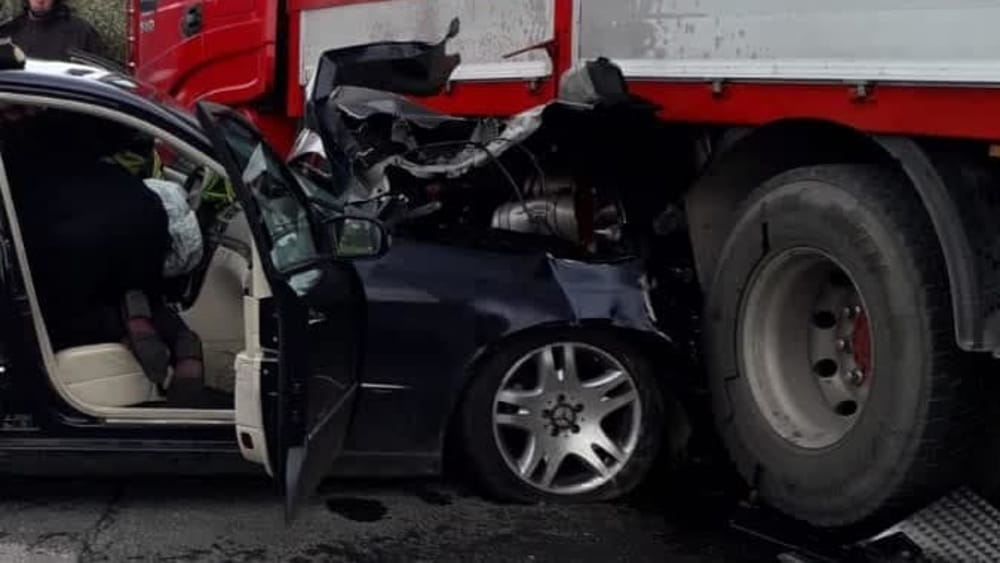 Incidente Velletri : scontro tra camion ed auto, morto 85enne