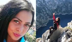 Selfie dopo la quarantena: Olesya cade da un dirupo e muore