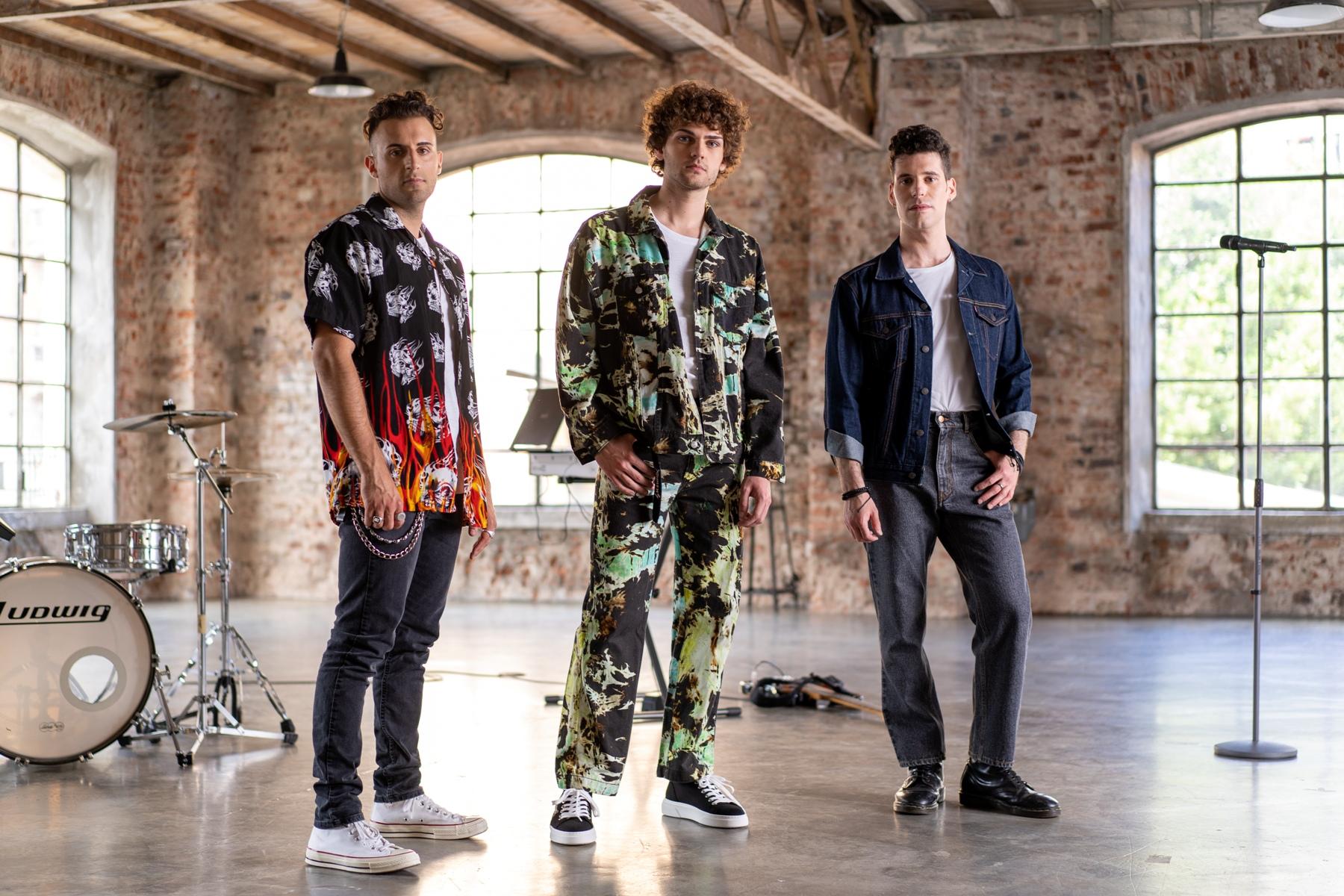 FAKE la nuova boyband italiana fuori con il singolo Dillo