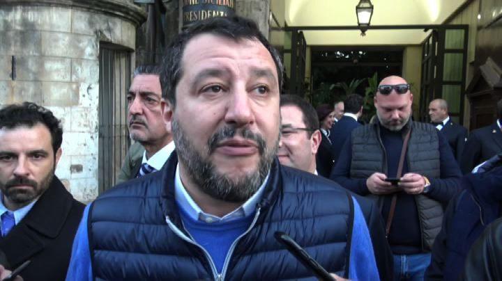 Matteo Salvini contestato a Palermo: Annullato il comizio a Ballarò