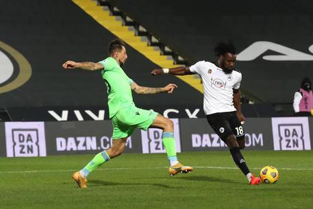 Seria A : Lazio batte lo Spezia 1-2