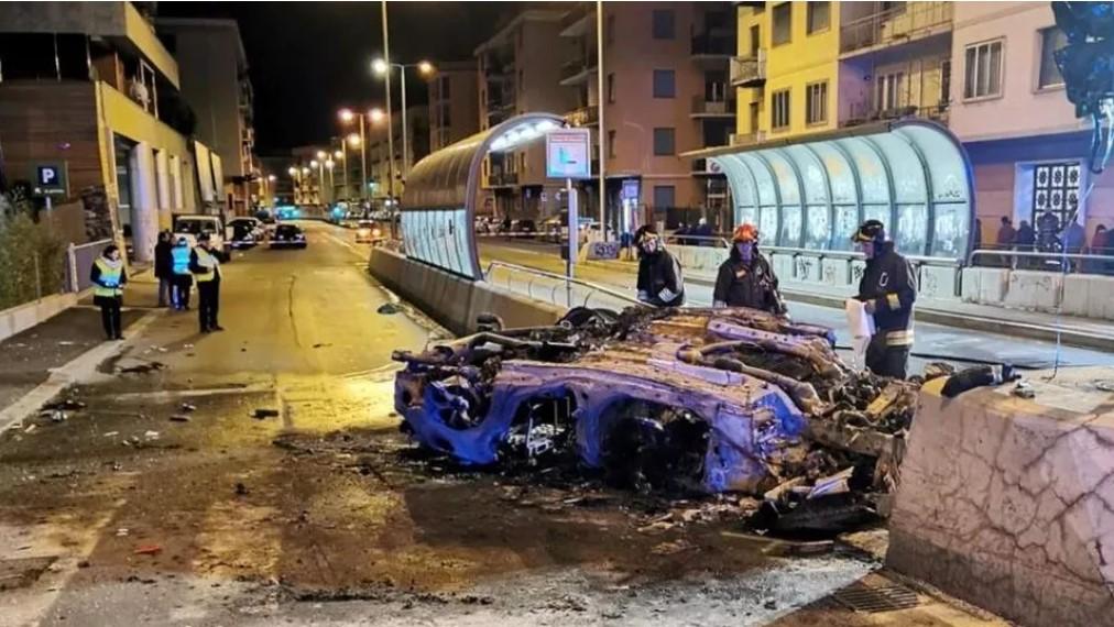 Incidente mortale a Genova: un'automobile prende fuoco, due persone morte carbonizzate