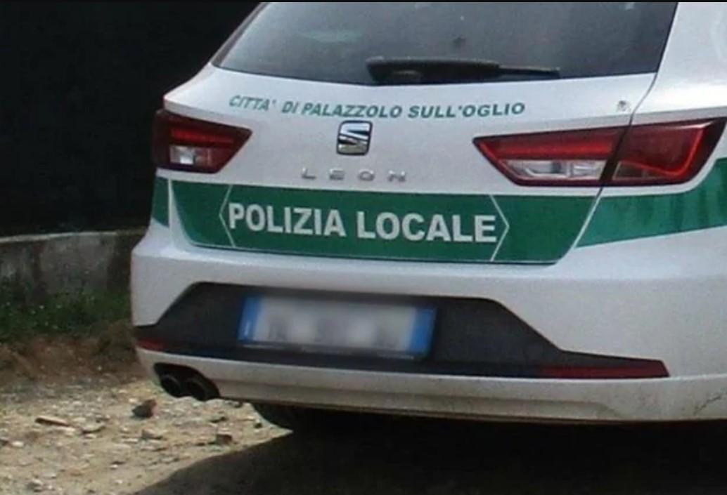 Criticato per un parcheggio su posto disabili : Agente di polizia locale suicida a Brescia