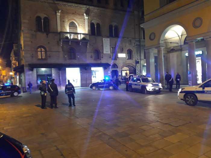 Reggio Emilia, spari e paura : 5 feriti, arrestato il presunto autore