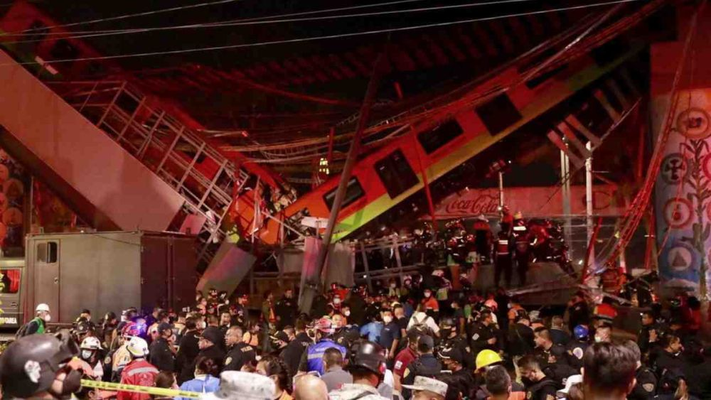Città del Messico : Crollo ponte, 20 morti e 70 feriti | Video incidente