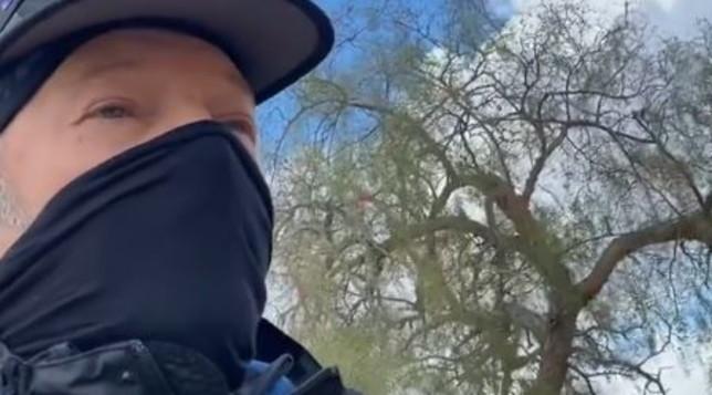 Vasco Rossi scappa dagli Usa per colpa del coronavirus e di Trump