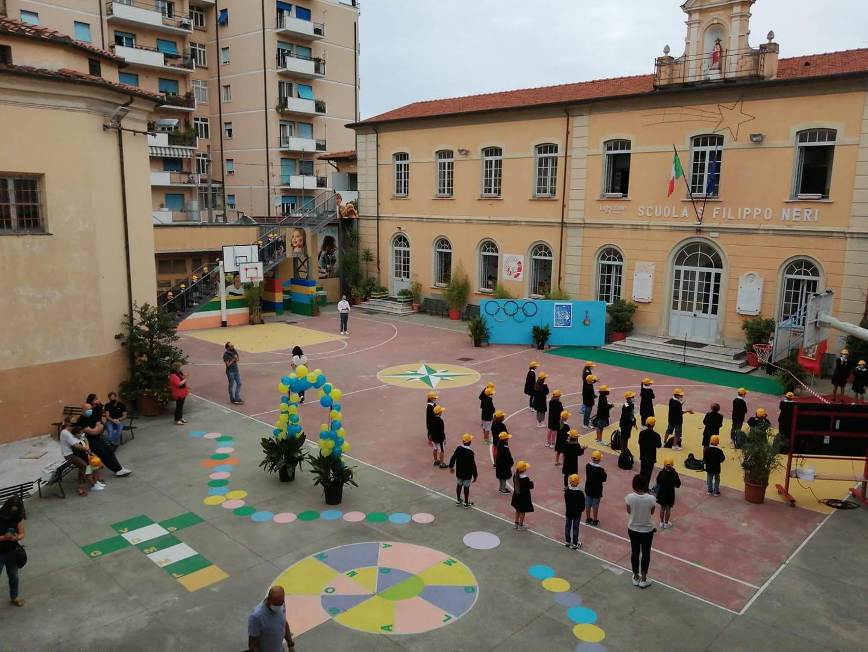 Inizio da favola per i nuovi arrivati nella scuola San Filippo Neri di Massa