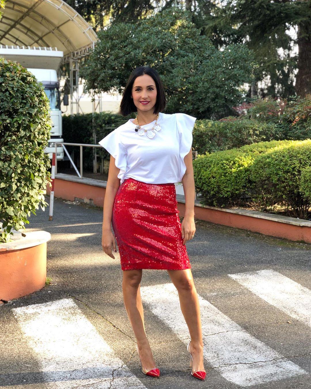 Caterina Balivo e il gossip sulla dolce attesa : Sei incinta? No, mangio!