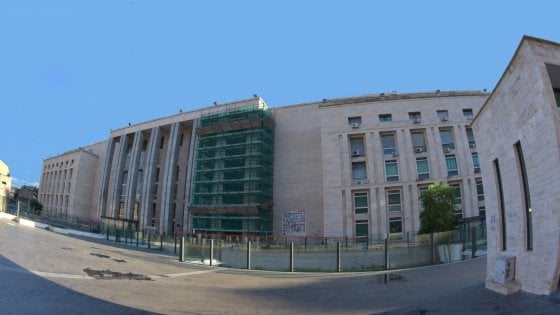 Firme false M5S a Palermo, 12 condanne e due assolti
