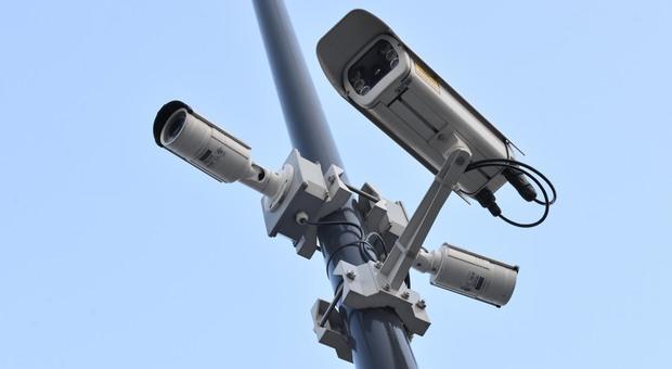 Arrivano le telecamere leggi targhe contro i furbetti che eludono i controlli
