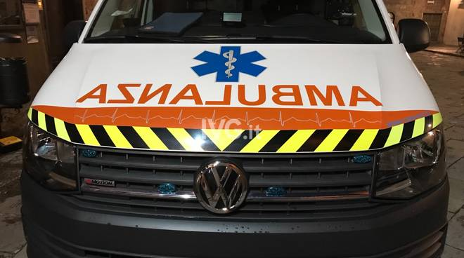 Chiavari, due incidenti : auto ribaltata e scontro tra veicoli