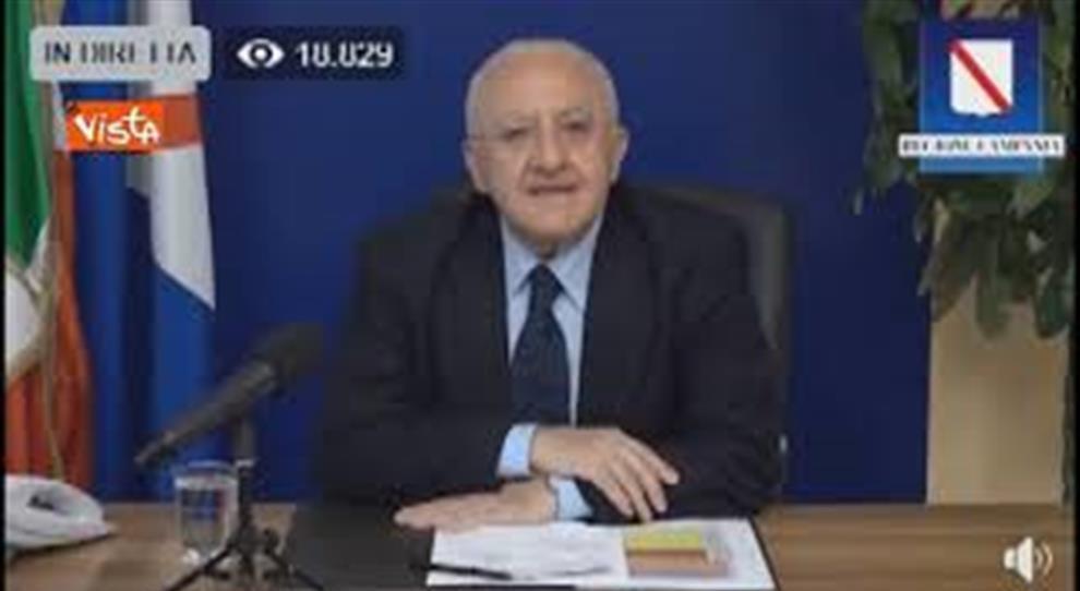 Vincenzo De Luca: ringraziamo Azzolina e Bonafede perché non sappiamo ancora quando e come ripartirà la scuola