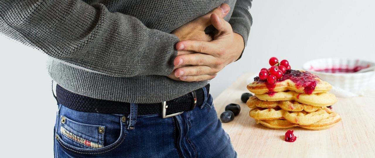 Come alleviare vari disturbi allo stomaco? Alcuni consigli contro bruciore e reflusso