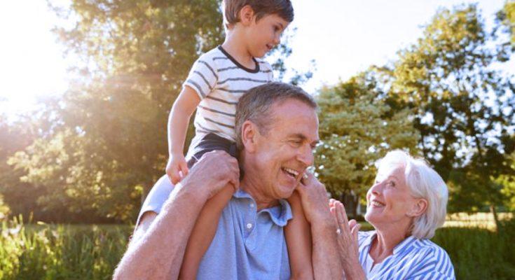 Forum Famiglie : No al bonus nonni, non vanno pagati. Famiglie non chiedono elemosina