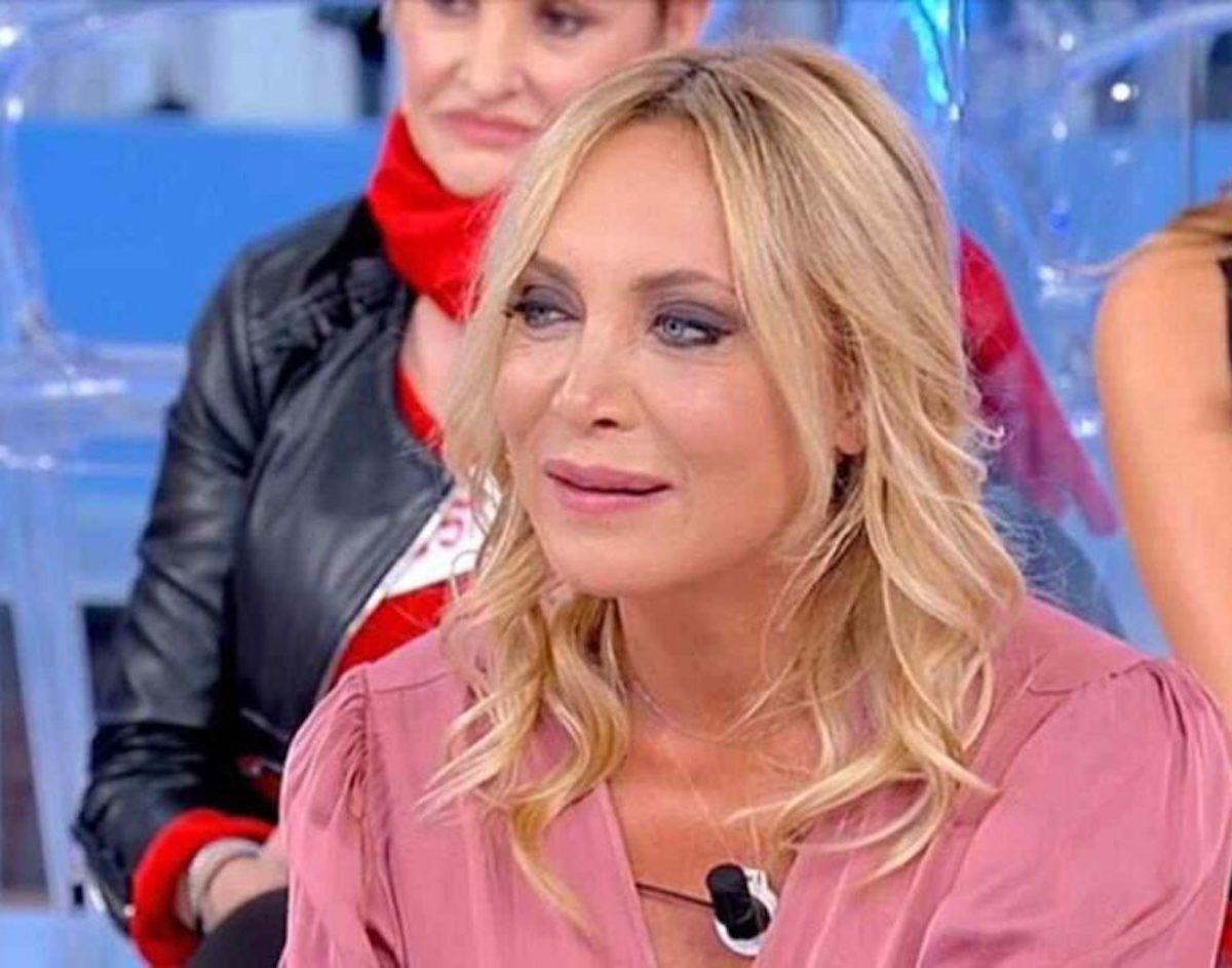 Uomini e Donne rivelazione sull'ex dama Maria Tona ... solo per farsi pubblicità!