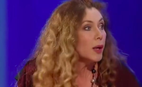 Eleonora Brigliadori fuori controllo sul coronavirus: Vogliono terrorizzarci per spolparci meglio