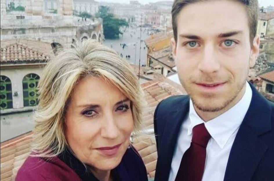 Tiziana Ferrario : mio figlio è risultato positivo al Coronavirus