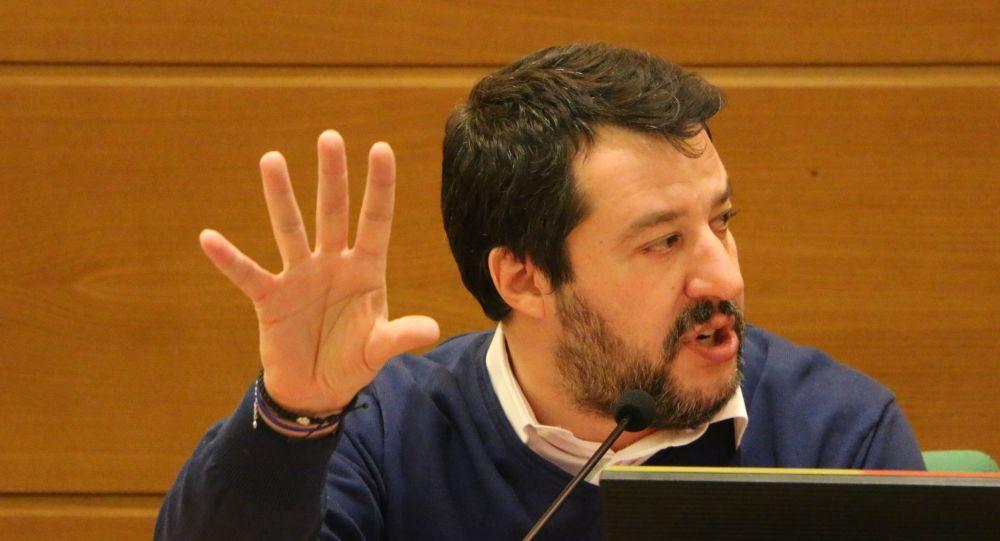 Non vedo l'ora di andare in tribunale : Matteo Salvini indagato per voli di Stato illegittimi