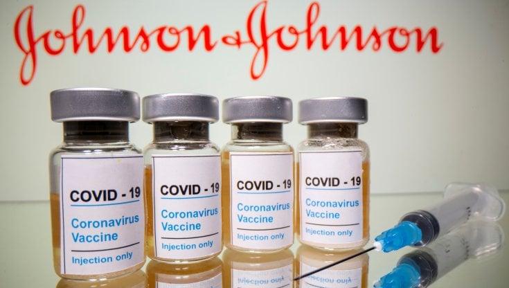 In Italia 184 mila dosi Johnson e Johnson : Vaccino sospeso negli Stati Uniti