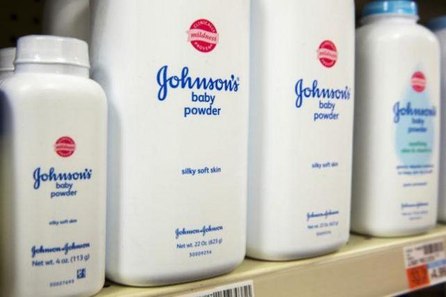 Johnson & Johnson condannata a pagare 2,1 miliardi di dollari