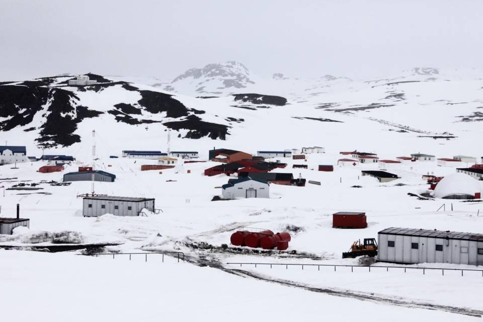 Terremoto magnitudo 6.9 Antartide, allerta tsunami in Cile