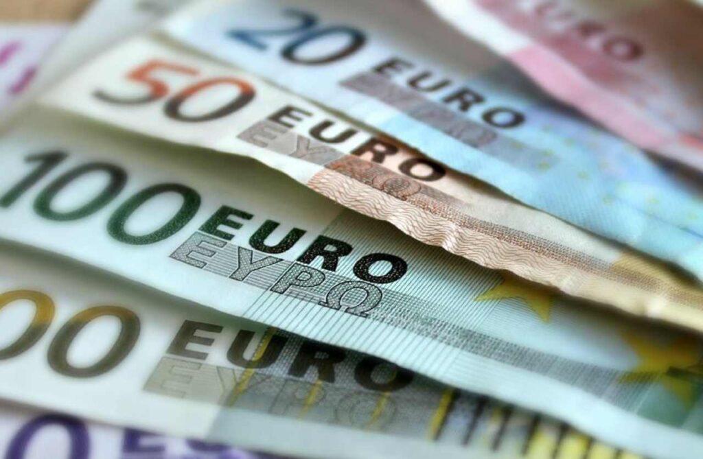 Pagamenti in contanti: da oggi in arrivo multe salatissime
