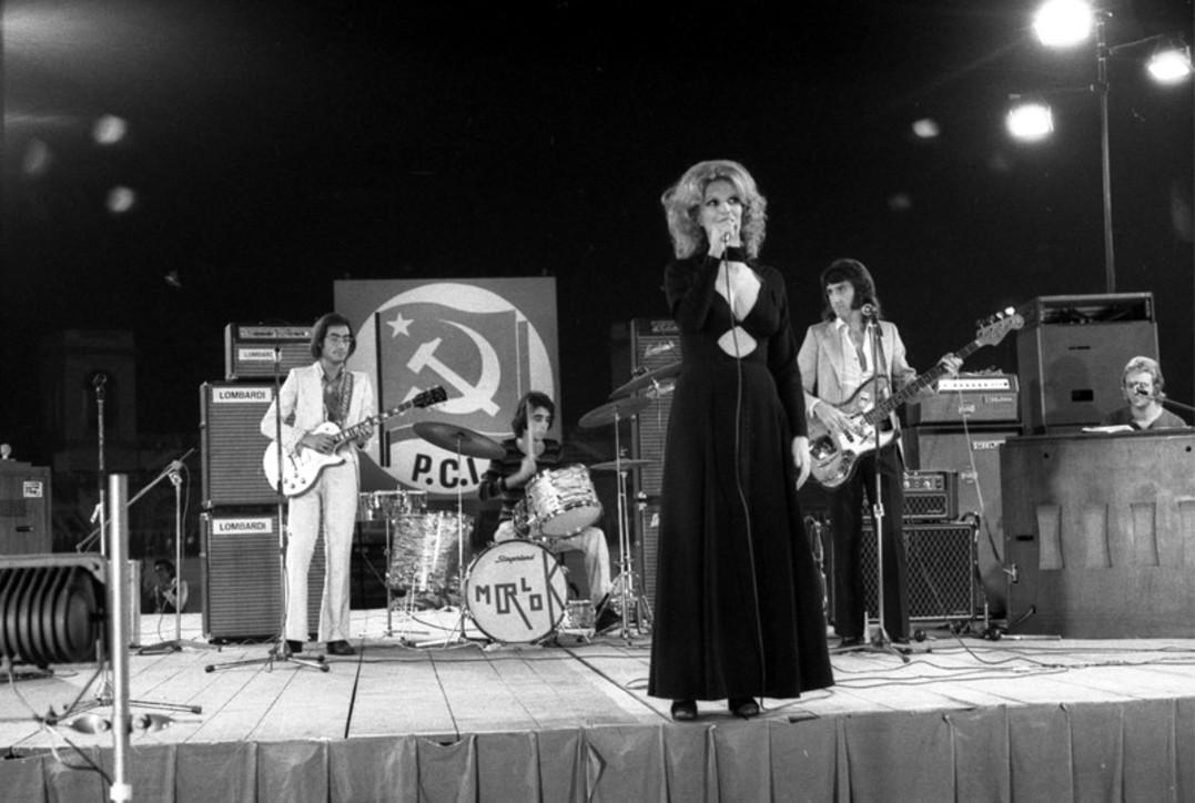 Iva Zanicchi festeggia 80 anni con una nuova canzone : Sangue Nero