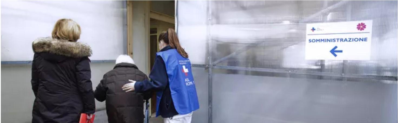 La nonna di Avellino cammina per 15 chilometri: Volevo essere vaccinata!